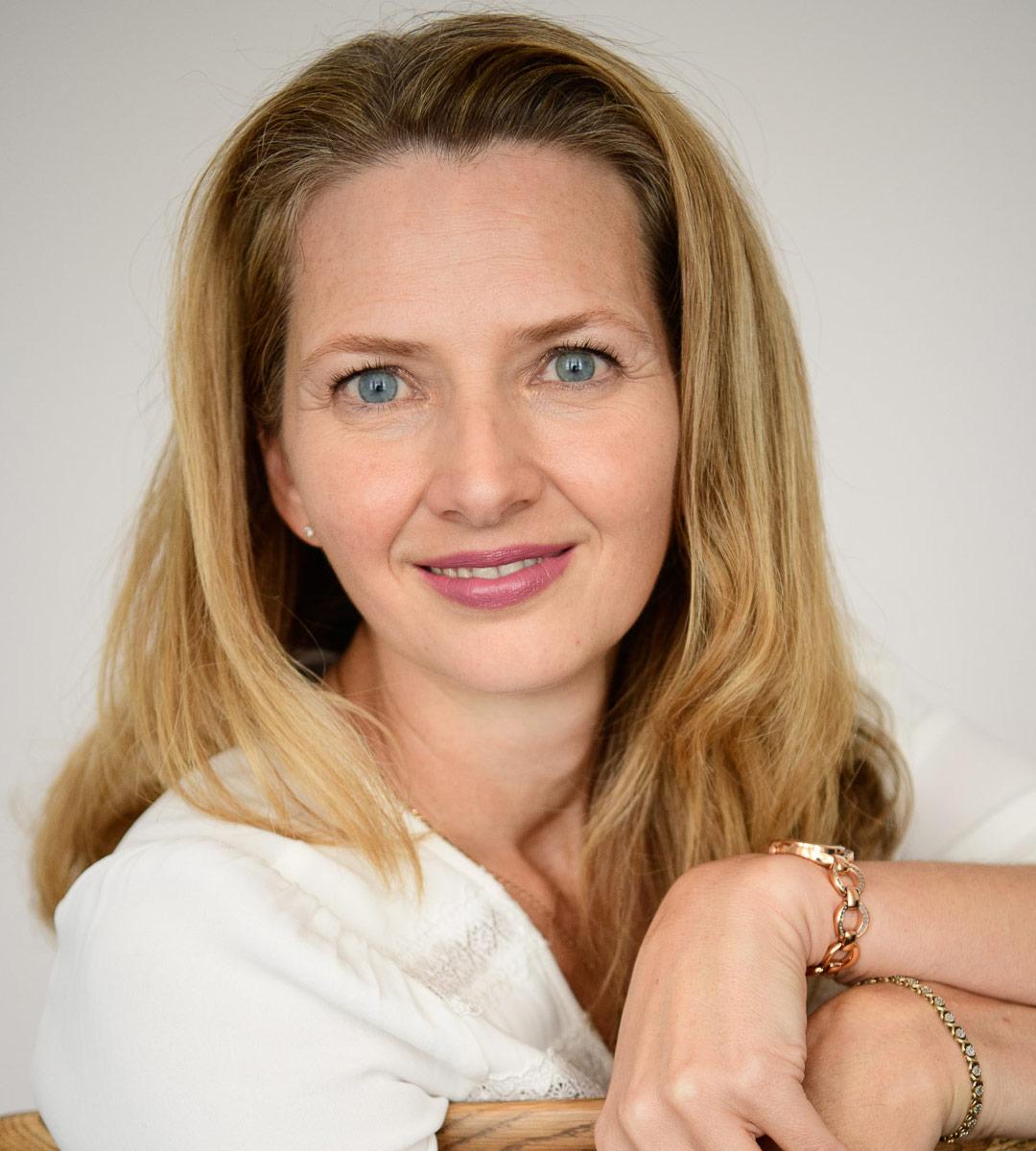Paula Redford-Bell